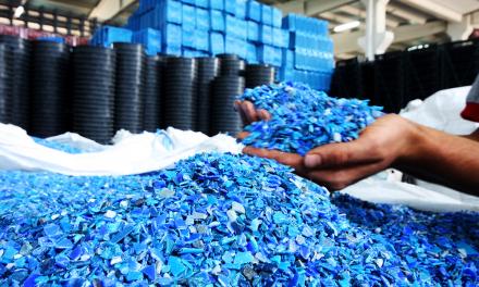 Eco Panplas: Tecnologia limpa e ecológica na reciclagem de embalagens de óleo
