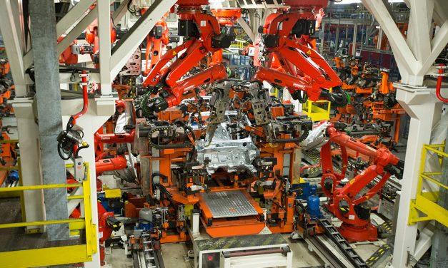 Gestão de dados eleva produção da montadora de 930 para 1.000 carros por dia